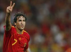 raul-con-la-seleccion-espanola